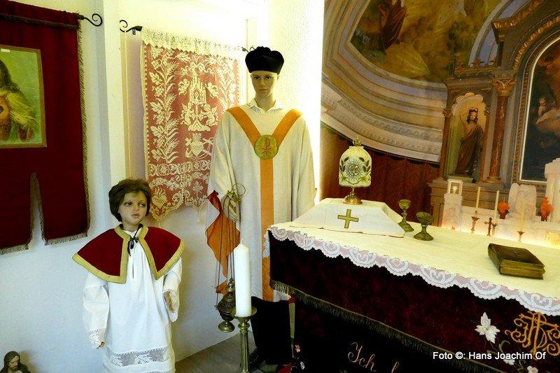 Der Altarraum der Kapelle